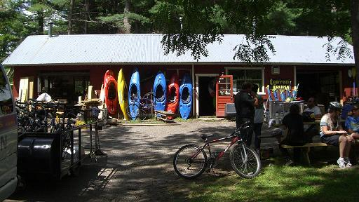 Canyon Cruises building with kayaks outside