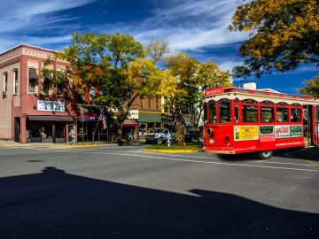 Visit Potter-Tioga Tony's Trolley Tours